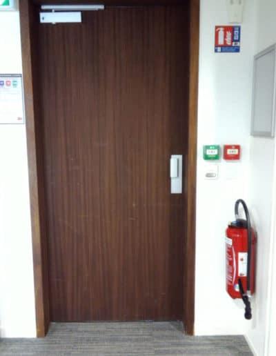 Installation d'un contrôle d'accès à lecteur de badges pour les locaux d'un organisme parapublic à CAEN (14).