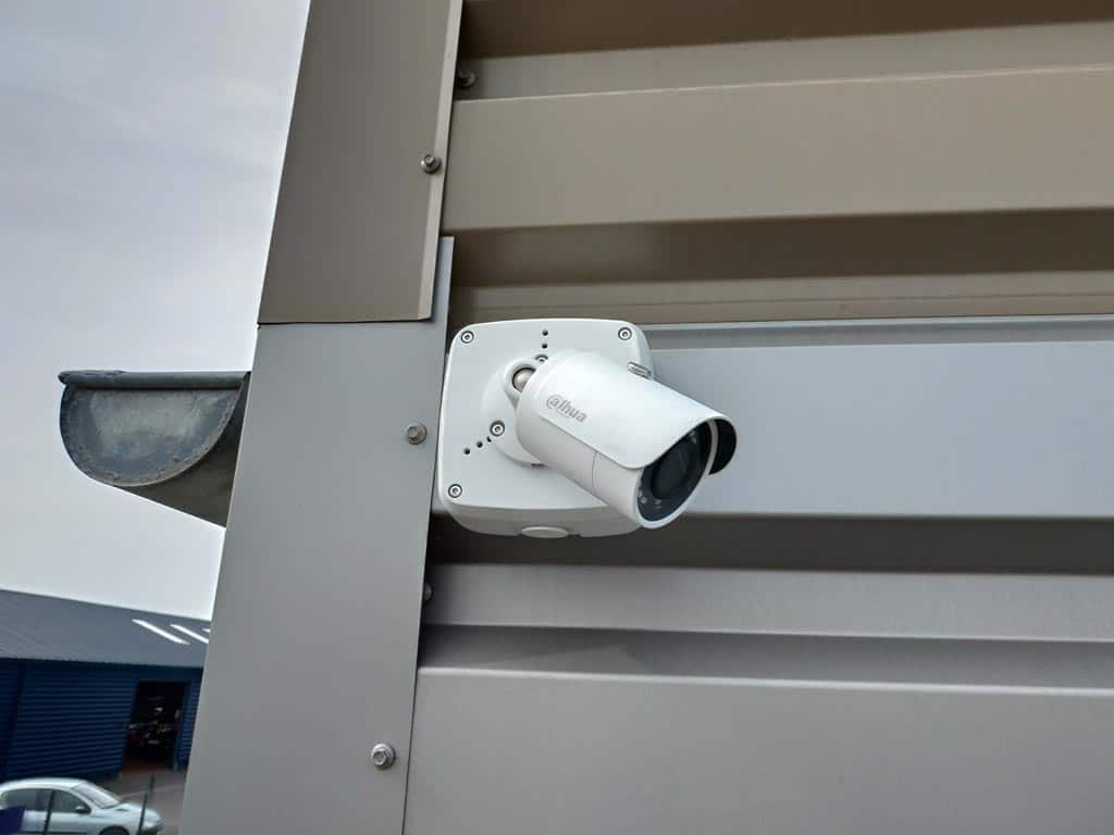 Installation d'un système de caméras de surveillance dans un entrepôt de logistique à Saint-Lô (Calvados – 14)